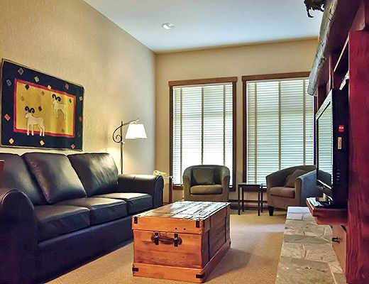 Snow Creek Lodge #105 - 1 Bdrm (Premium) - Fernie