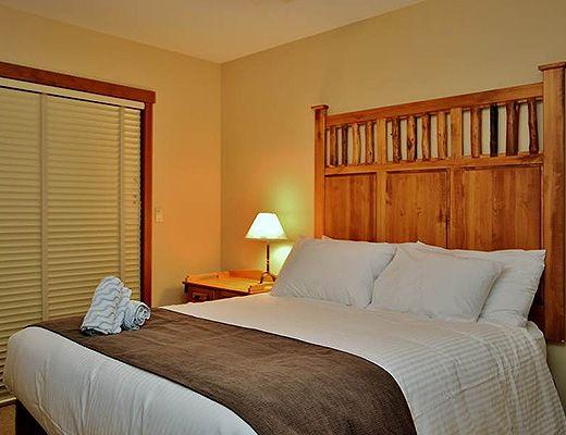 Snow Creek Lodge #206 - 1 Bdrm (Premium) - Fernie