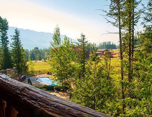 Snow Creek Lodge #201 - 2 Bdrm (Premium) - Fernie