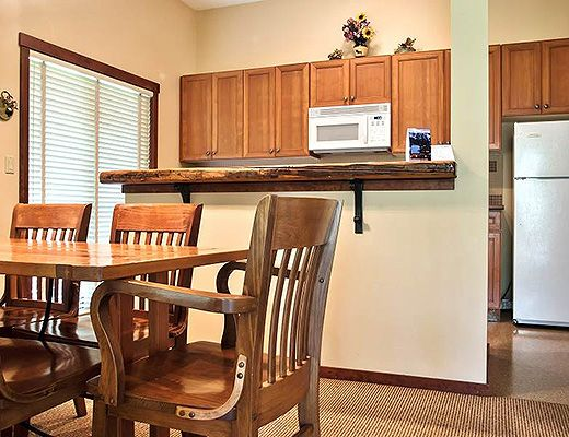 Snow Creek Lodge #401 - 2 Bdrm (Premium) - Fernie
