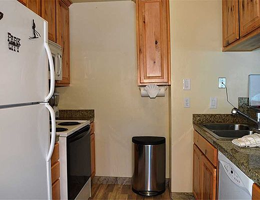Hidden Creek #22A - 2 Bdrm + Loft Silver - The Canyons