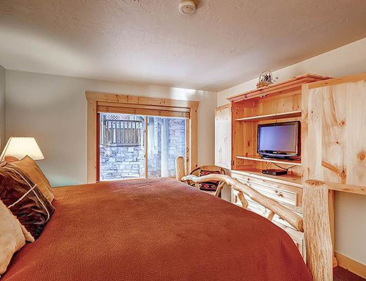 Black Bear Lodge #104 - 2 Bdrm HT Gold - Deer Valley