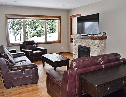 Chalet Petra #1 - 3 Bdrm HT - Red Mountain