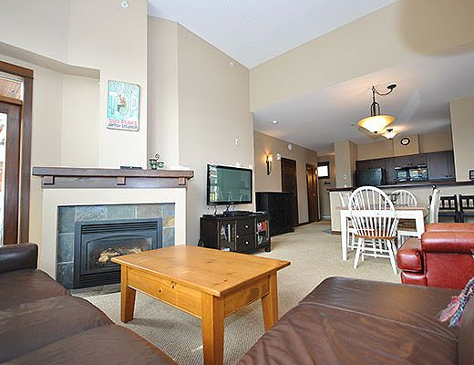 Stone's Throw #30 - 2 Bdrm HT - Sun Peaks (TM)