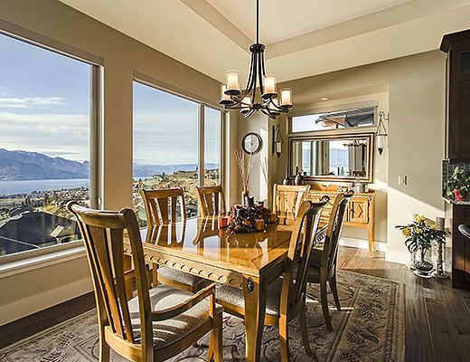 Vista Ridge - 3 Bdrm HT w/ Pool - West Kelowna