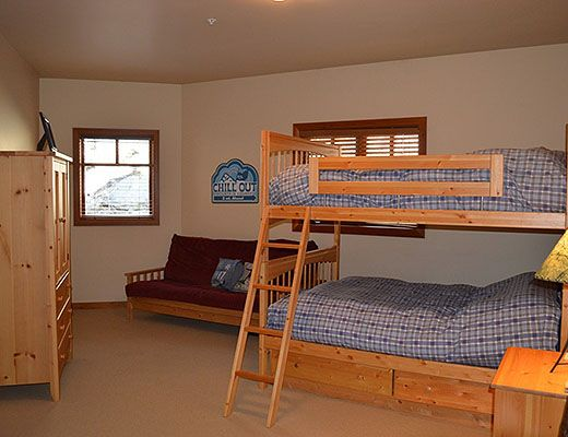 Silver Tip #3 - 3 Bdrm HT - Red Mountain