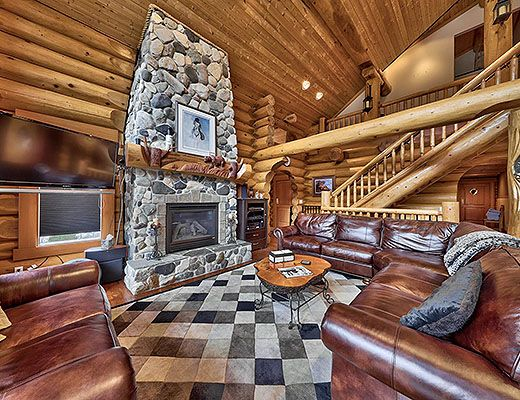 Fairways Lodge - 4 Bdrm HT - Sun Peaks
