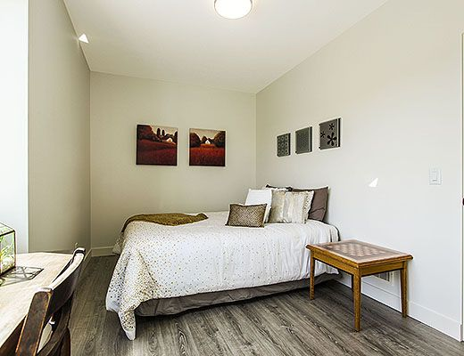 Life On Top - 4 Bdrm HT w/ Pool - Kelowna