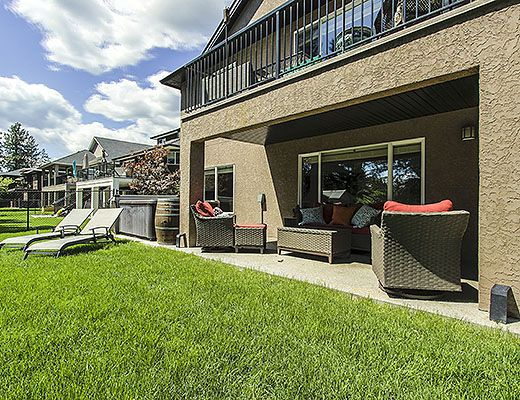Golfers Retreat - 4 Bdrm HT - West Kelowna