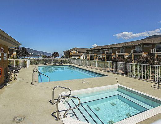 Emerald Beach Villa #19 - 3 Bdrm w/ Boat Slip - Lake Country