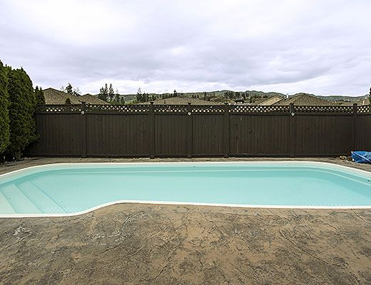 Hidden Gem - 3 Bdrm w/ Pool HT - Kelowna (CVH)