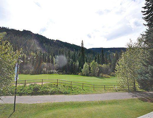 Alpine Greens #26 - 2 Bdrm - Sun Peaks (TM)