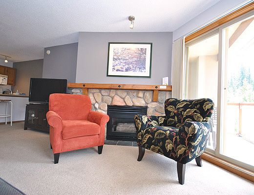 Fireside Lodge #202 - 2 Bdrm - Sun Peaks (TM)