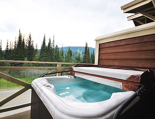 Stone's Throw #28 - 2 Bdrm HT - Sun Peaks (TM)