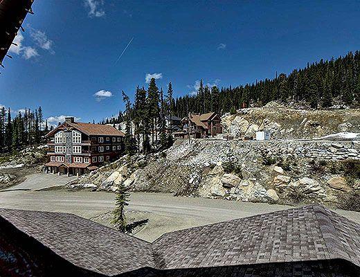Black Rock Combined - 5 Bdrm + Den + Loft 2HT - Big White