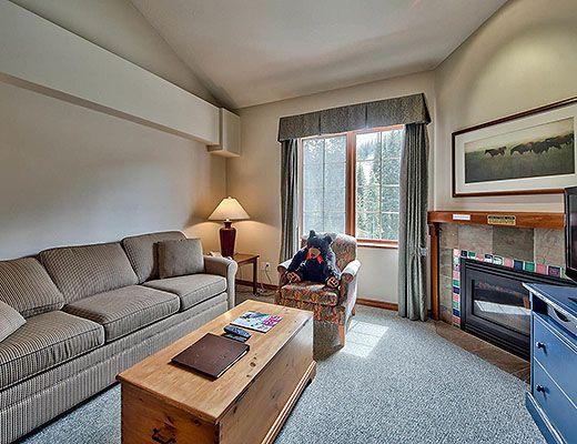 Hearthstone Lodge #303 - Studio+ Loft - Sun Peaks