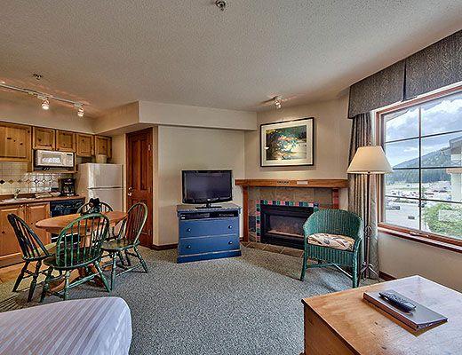 Hearthstone Lodge #319 - Studio - Sun Peaks