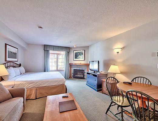 Hearthstone Lodge #404 - Studio - Sun Peaks