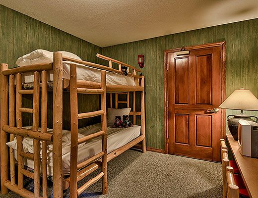 Hearthstone Lodge #407 - Lofted Family Suite - Sun Peaks