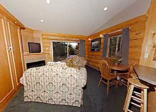 Tigh Na Mara Spa Bungalow Suite Parksville