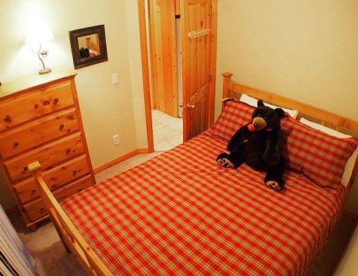 Snow Creek Village #09 - 3 Bdrm + Suite HT - Sun Peaks