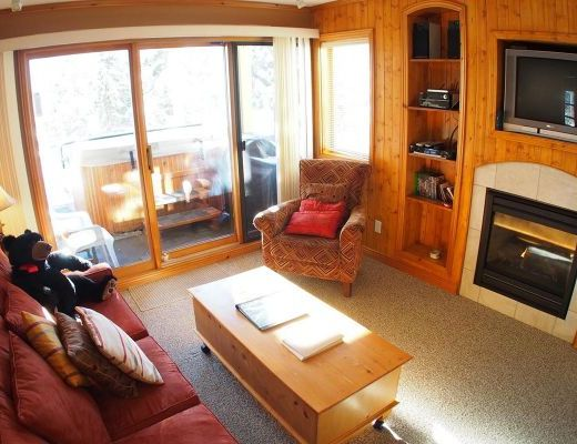 Snow Creek Village #48 - 1 Bdrm HT - Sun Peaks
