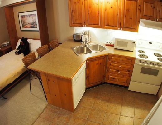 Timberline Village #40 (+ #45 Suite) - 4 Bdrm HT - Sun Peaks