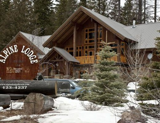 Fernie Alpine Lodge - 8 Bdrm HT - Fernie (10)