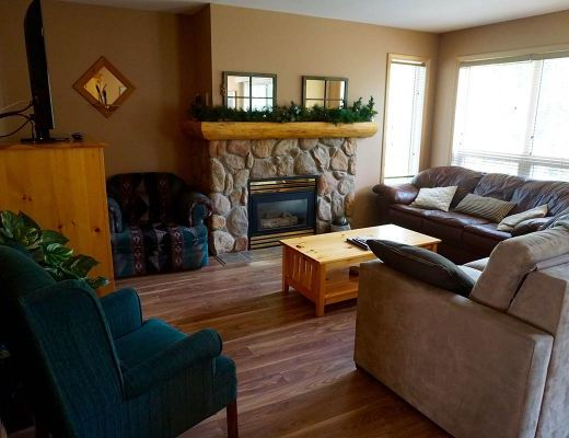 Stone Creek Lodge #15 - 2 Bdrm HT - Fernie
