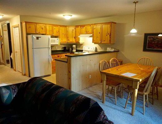 Stone Creek Lodge #25 - 2 Bdrm HT - Fernie