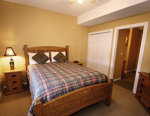 Chicamon Springs Lodge - 3 Bdrm HT - Kimberley