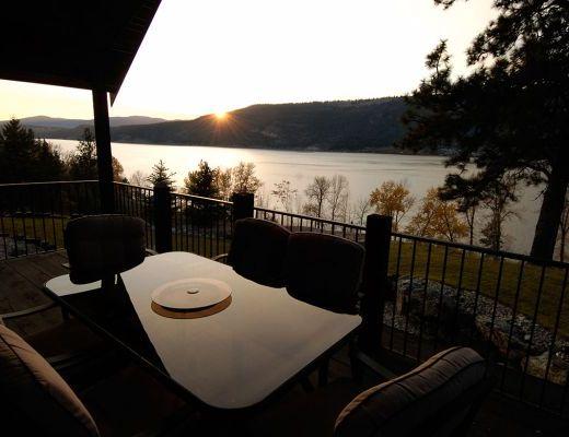 Elegant Lakeview Residence - 4 Bdrm - Oyama