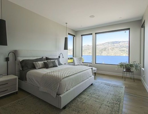 Okanagan Lakeview Retreat - 4 Bdrm w/ Pool HT - Summerland