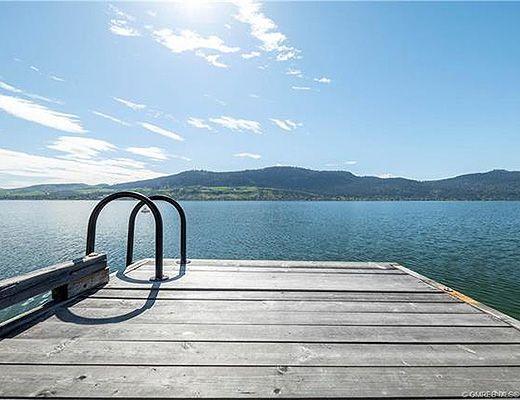 Lakeside Tranquility - 4 Bdrm - Vernon