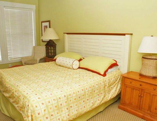 Mission Shores - Terrace Suite - 3 Bdrm + Den - Kelowna
