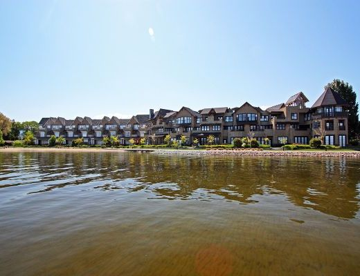 Mission Shores - Nautica Suite - Beachfront - 4 Bdrm - Kelowna