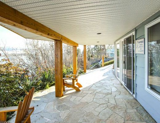 The Beach House - 5 Bdrm HT plus Boat Lift - Kelowna (CVH)