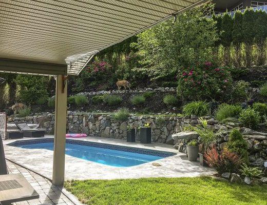 Stonebridge Estate - 4 Bdrm with Pool HT - Kelowna