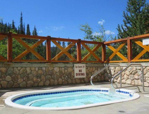 Fireside Lodge #421 - 1 Bdrm - Sun Peaks