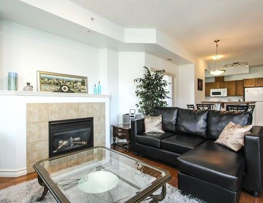 Sunset Waterfront Resort - #705 - 1 Bdrm + Den - Kelowna