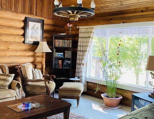 Homestead Of The Flying Hearts - 2 Bdrm HT - Apex