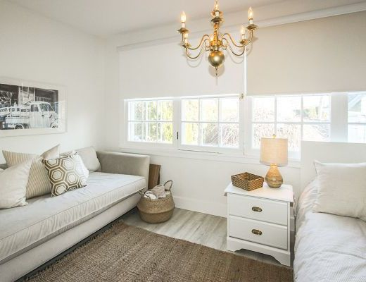 The White House - 5 Bedroom with Boat Lift - Kelowna