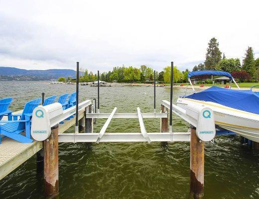 Lakestay - 4 Bdrm w/boat lift - Kelowna (CVH)
