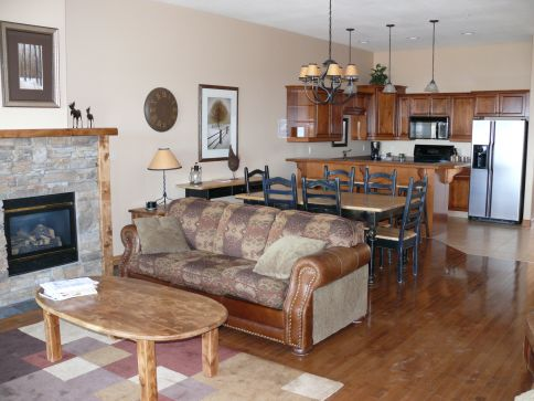 Sullivan Stone Lodge - 3 Bdrm (Hill Side) HT - Kimberley