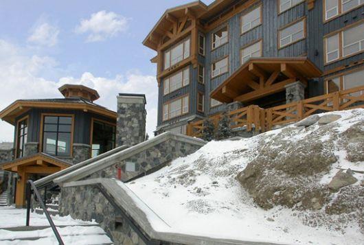 Stonegate Resort - 2 Bdrm w/ HT (E) - Big White