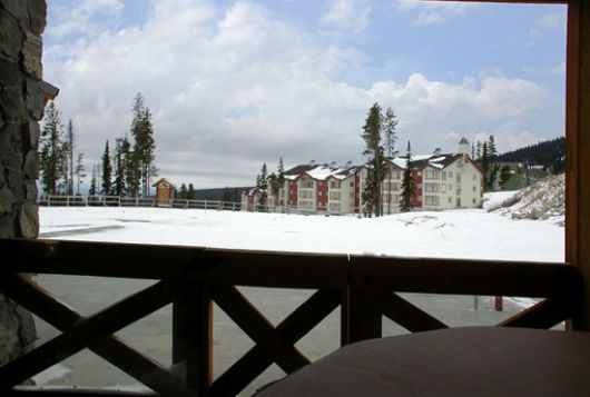 Stonegate Resort - 3 Bdrm w/ HT (E) - Big White
