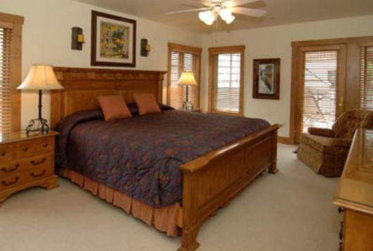 Villa Montane Townhomes - 3 Bdrm - Beaver Creek