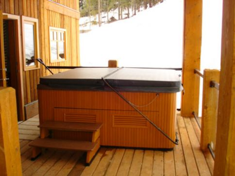Silvertip - 3 Bdrm Deluxe HT - Red Mountain