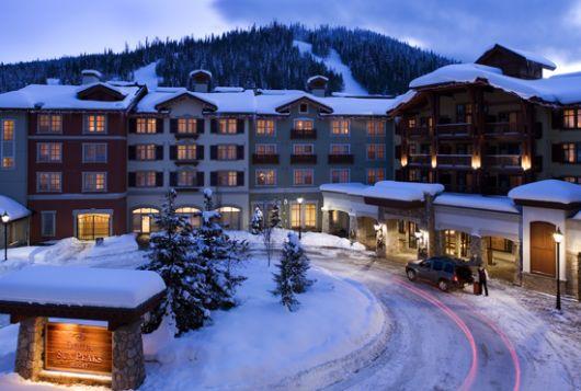 Sun Peaks Grand Hotel - Deluxe Room w/ Balcony & Mtn View - Sun Peaks
