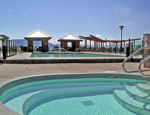 Playa del Sol #446 - 1 Bdrm + Den Courtyard - Kelowna (CVH)
